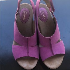 Clark's EUC PINK 6 sued wedges. WORN ONCE